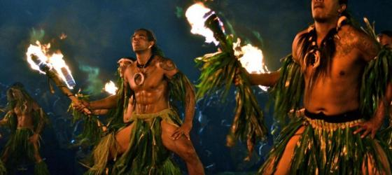 Polynesian rhythms and dancers