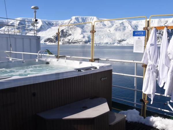 Relax in the ship's hot tub