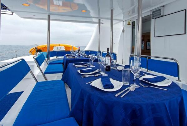 Dining on the deck of the Nemo I