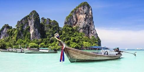 Longtail boat on a beautiful Thai beach