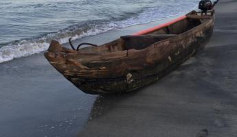 Dugout canoe in Colombia