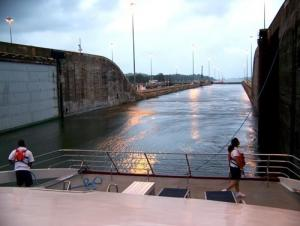 Be a part of the marvels of modern technology by crusing through the Panama Canal