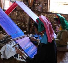 Women weavers at Inle Lake
