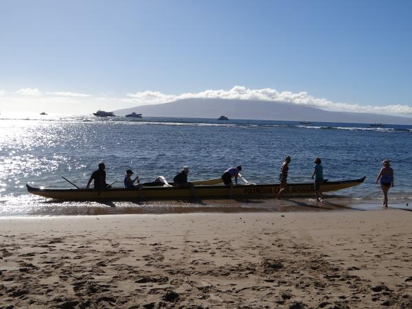 Canoe on the beach!