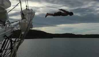 Diving off the Liberty Clipper in the Bahamas