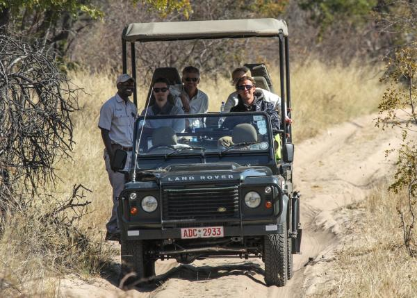 Safari open air vehicle transfer from Halfway to Camelthorn